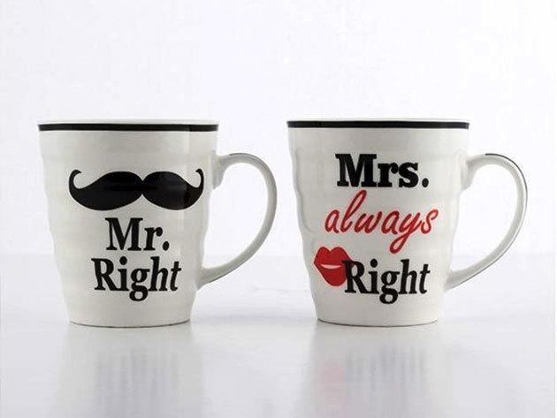 """Bögrék Mr. Right és Mrs. Always Right felirattal / Mr. """"Igaza van"""" és Mrs. """"Mindig Igaza van"""" porcelán szett pároknak"""