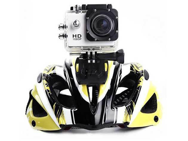Sportkamera vizálló tokban rögzítőfelszereléssel, hogy bárhol, bármikor használni tudd - 5MP-es fényképkészítés, Videó felbontás: HD 720P
