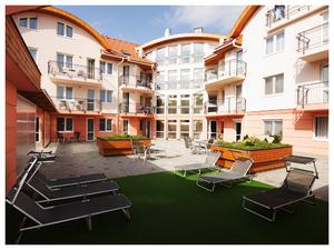 Hotel_kepek08_hajduszoboszlo_panorama_wellness_apartman_hotel_middle