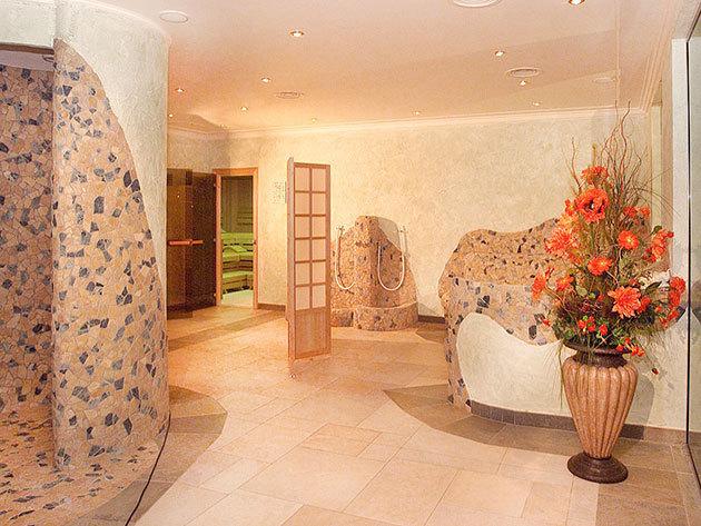 Ausztria, Hotel Grüner Baum**** - 5 nap 4 éj 2 főre reggelivel, wellnessel, 10%-os kedvezményes síbérlettel és 1x4 fogásos vacsorával
