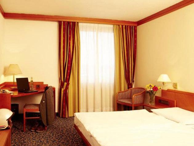 3 nap / 2 éjszaka Salzburgban 2 fő részére reggelivel - Arena City Hotel Salzburg
