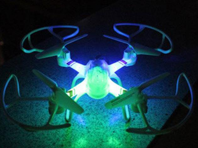 Drón fekete és fehér színben - stabil repülésű, alkalmas légi trükkökhöz, akkumulátor kapacitása 3,7 V / 300 mAh