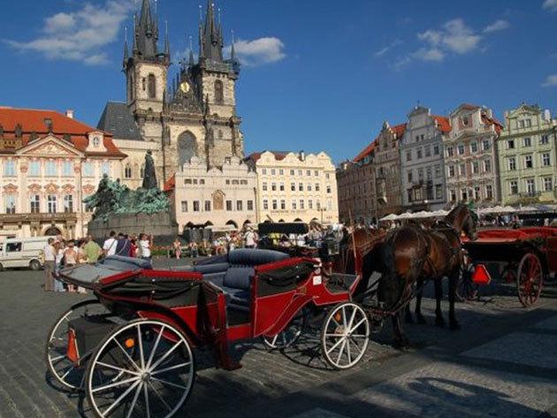 Prága, Hotel Juno*** 4 nap 3 éjszaka 2 fő részére reggelivel, érkezés napján 3 fogásos menüvacsora 1 pohár borral