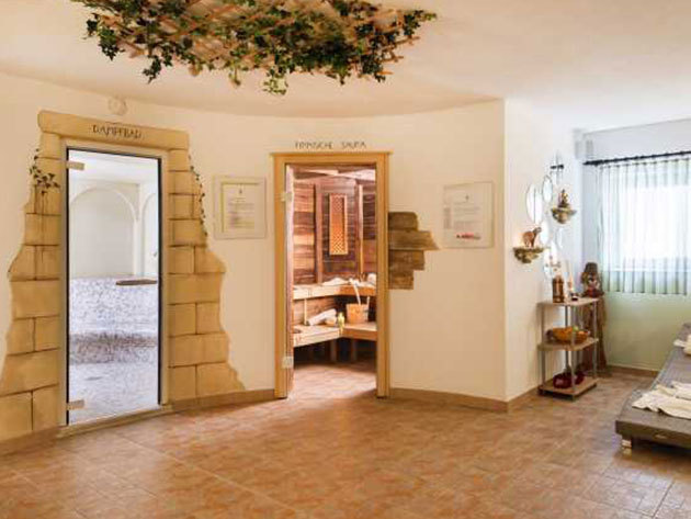 Hotel Sonja*** Dél-Tirol - 8 nap / 7 éj szállás standard szobában 2 fő részére félpanziós ellátással, wellnessel, (vasárnapi érkezéssel)