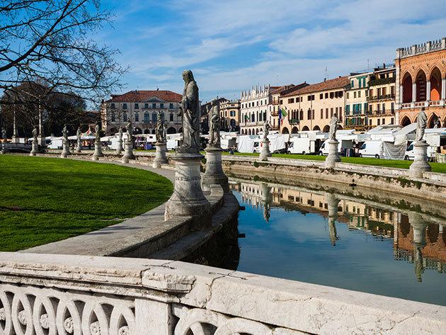 Észak-olasz kikapcsolódás Padova közelében (Rubano) 2 fő részére reggelivel vagy önellátással - 3, 4 vagy 5 nap december 31-ig / Le Calandre Hotel***