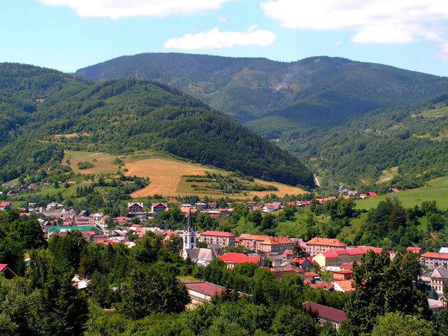 2017. június 17 - Dobsinai jégbarlang, Betlér, Rozsnyó, Krasznahorka - egynapos autóbuszos kirándulás Szlovákiában / fő