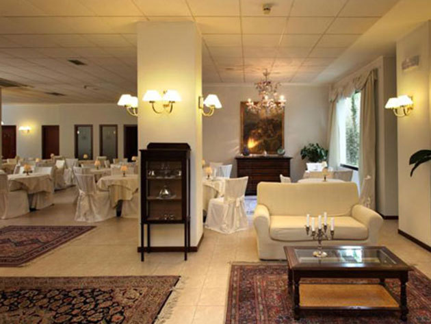 Olasz nyaralás! Urbino, Hotel Mamiani**** - 2 éjszaka szállás 2 fő részére reggelis ellátással, üdvözlőitallal + SPA