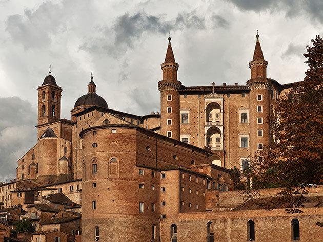 Olaszország, Urbino, Hotel Mamiani**** - 2, 3 vagy 4 éjszaka szállás 2 fő részére reggelis ellátással, üdvözlőitallal, SPA használattal, szinte egész évben