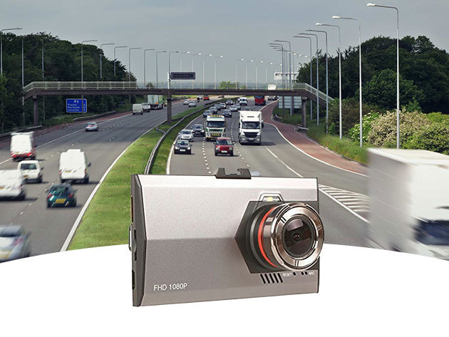 """Eseményrögzíő autós kamera - ultra vékony, FullHD, nagylátószögű, 3"""" kijelző, éjszakai felvételek, fém váz"""