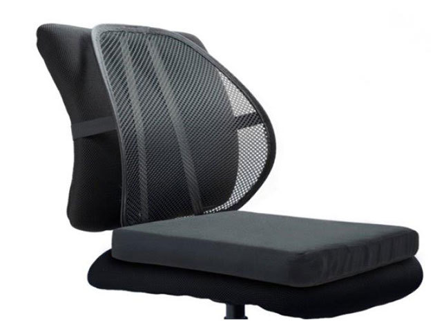 Ergonomikus háttámla masszírozó golyókkal autóülésbe és irodai székekhez