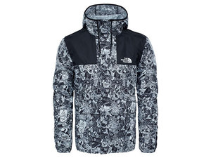 Tnf_m_1985_seasonal_mountain_jkt_whitestickerbombprint_ch37-qun-1_middle