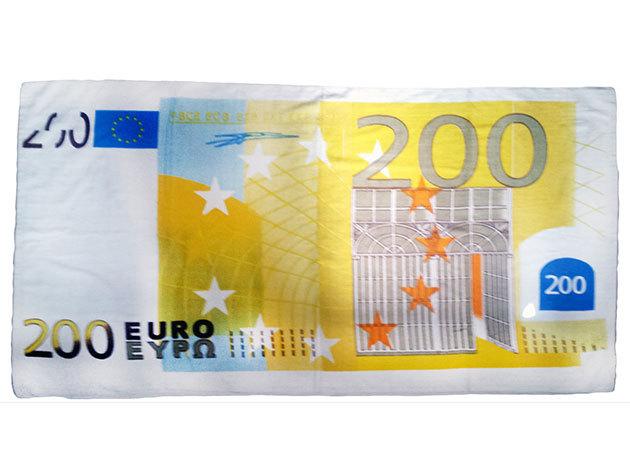 Strandtörölköző - 200 EUR (70x140cm)
