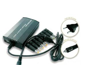 Autós notebook és USB töltő
