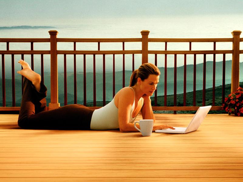 Számítógépezz utazás közben is kényelmesen a notebook tartozékokkal, akár 2.279 Ft-ért!