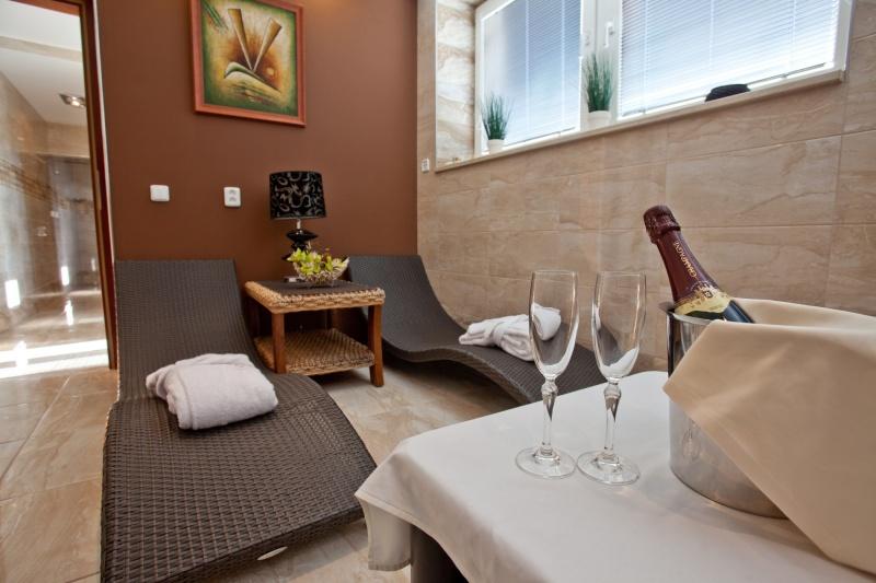 4 nap 3 éj 2 fő részére félpanziós ellátással Grand Boutique Hotel Sergijo**** luxus hotelben