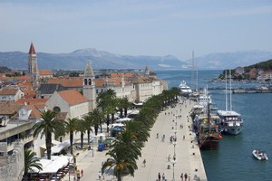 Aparthotel-astoria-trogir-1_middle