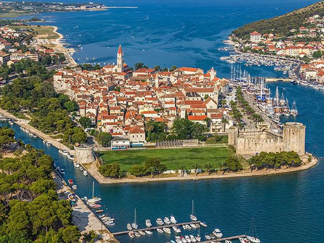 Horvátország, TROGIR, Aparthotel Astoria - 3, 4 vagy 6 nap szállás reggelivel az UTÓSZEZONBAN 2-3 fő részére (szept. 1- okt. 31.)