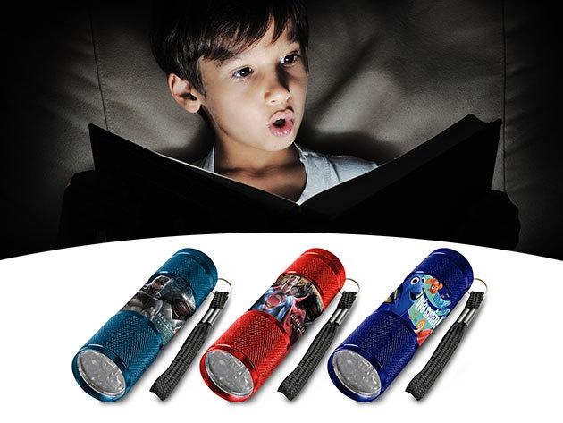 Mesehősős LED zseblámpák alumínium vázban: Jégvarázs, Batman vs Supermen, Star Wars, stb. minták