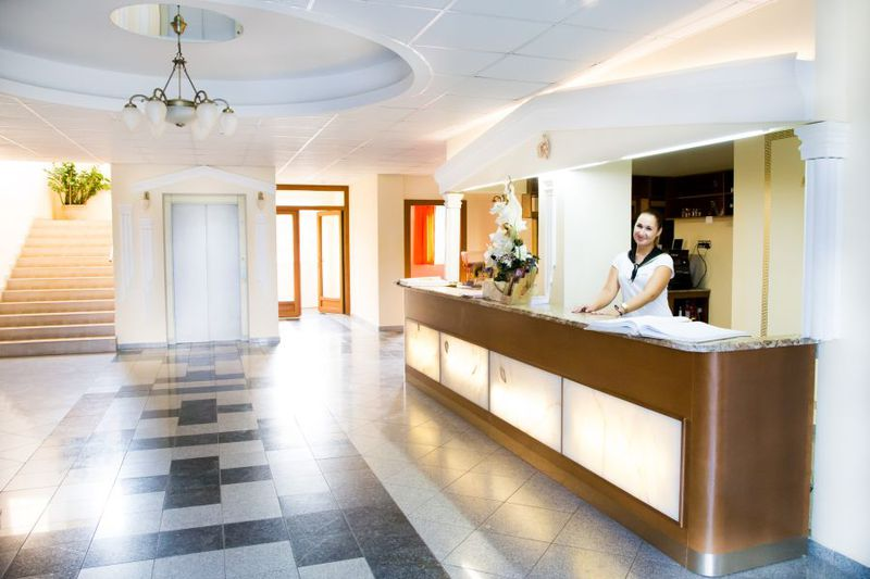 Hotel Venus*** 3 nap 2 éjszaka 2 fő részére Venus Standard vagy franciaágyas szobában, reggeli+ebéd+wellness 2019.06.30-ig