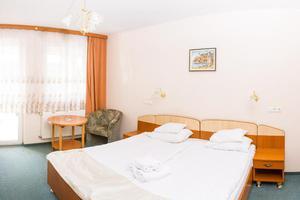 Hotel-venus-ketagyas-szoba-01_middle