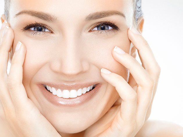 Mélytisztító, hidratáló arckezelés ajándék szemöldökszedéssel Tegoder orvos-kozmetikai termékekkel