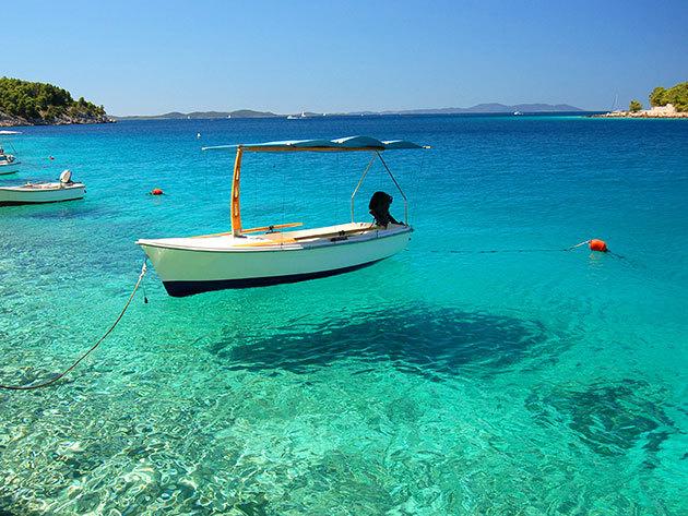 Horvátország, Pag sziget - szállás 6 vagy 8 napra félpanziós ellátással 2 fő részére, vezetett túrákkal, sajt-, bor-, és olívaolaj kóstolóval / Liberty Hotel
