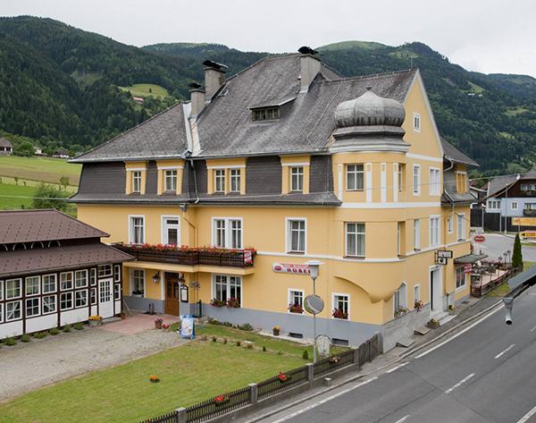 Karintia, Hotel Villa Huber*** - szállás 4 nap/3 éjszakára 2 fő részére félpanziós ellátással és wellnesszel