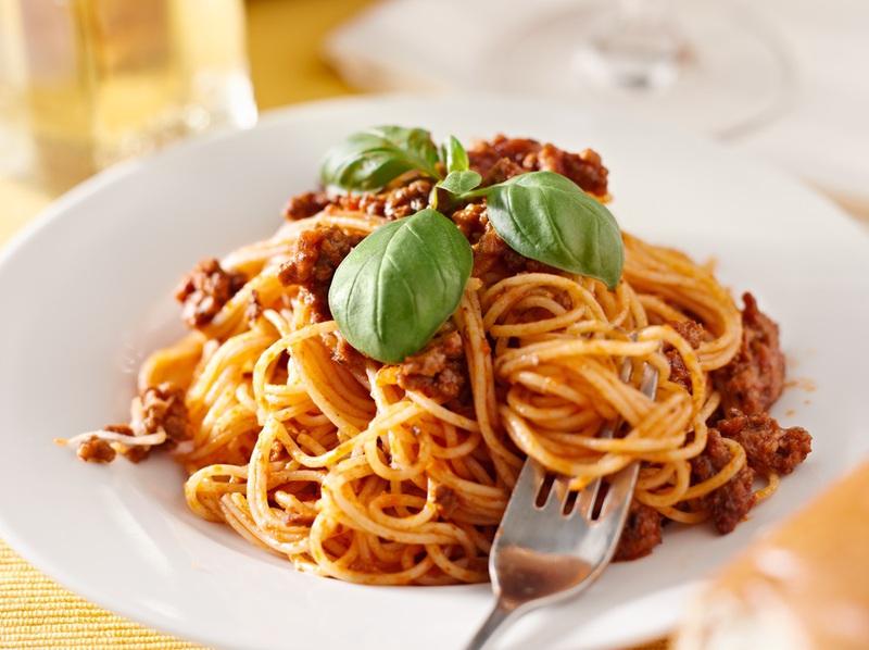 EASE Therapy - Mediterrán olíva, borkóstolóval összekötött főzőkurzus és vacsora program az Ízbisztróban (I. ker.)