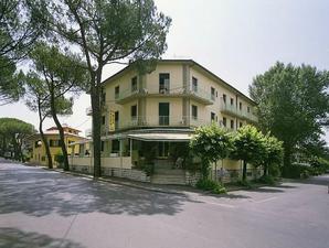 Hotel-villa-rita_middle