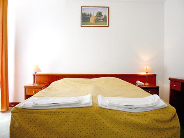 Wellness pihenés a Hotel Hunorban****, Sátoraljaújhelyen - 3 nap/2 éjszaka szállás 2 fő részére félpanzióval 2018.07.01-08.31. (szezonfelár)
