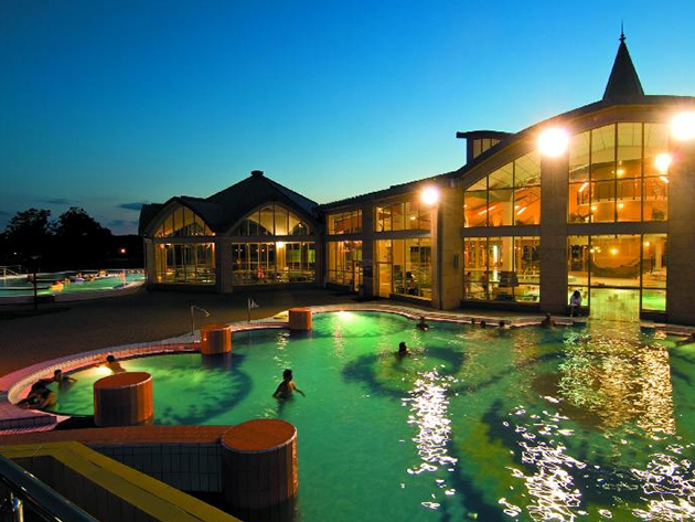Sárvár - 3 napos wellness 2 főre félpanziós ellátással, Arborétum belépővel és egyéb kedvezményekkel a négycsillagos Hotel Bassiana****-ban