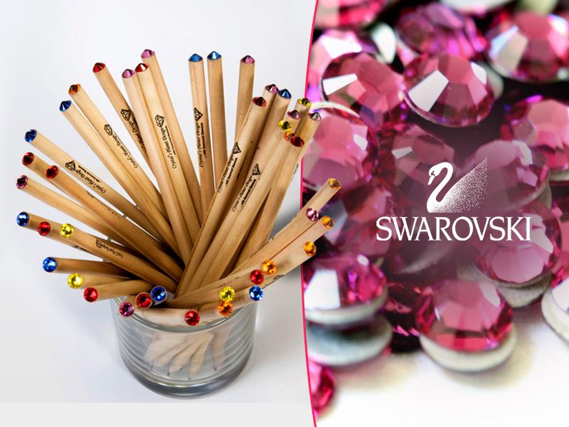 A Swarovski kristállyal díszített ceruzákkal osztatlan sikert fogsz aratni.