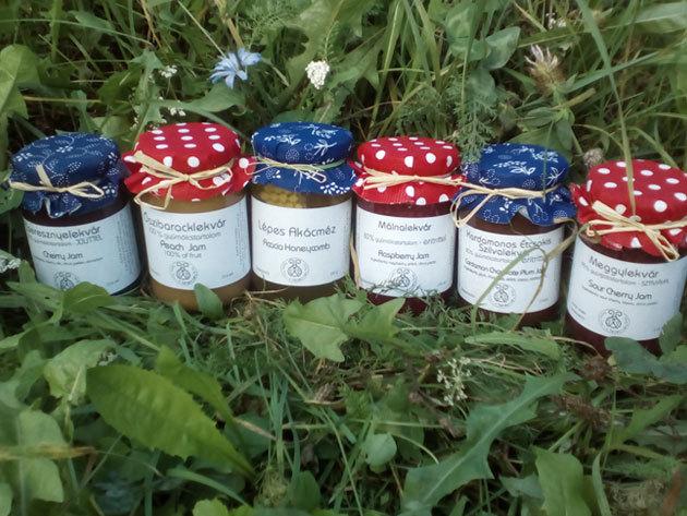 Kézműves lekvárok cukormentesen: málna, őszibarack, meggy, étcsokis szilva, cseresznye ízek / magyar termelőtől