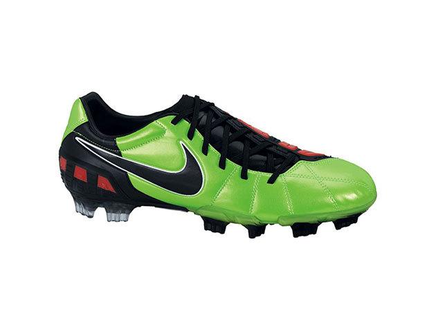 Nike Total90 Laser III FG férfi futballcipő neonzöld 42,5 (nike_385423_306_42,5)