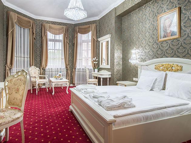 Borostyán Med Hotel**** 3 nap 2 éjszaka (HÉTKÖZNAP) 2 fő részére élpanziós ellátással + wellness + extrák