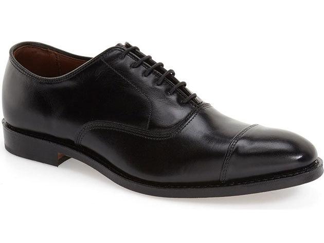 Cipőfestés feketére (női, férfi) félcipőre (csak bőrcipőre)