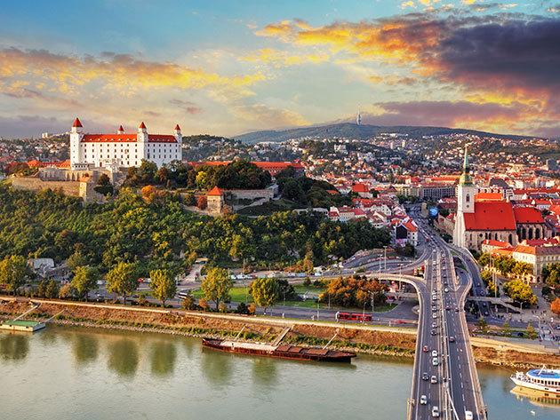 Szlovákia, Pozsony - 3 nap / 2 éjszaka szállás 2 fő részére reggelivel - Hotel Bratislava****, 2018. március 28-ig