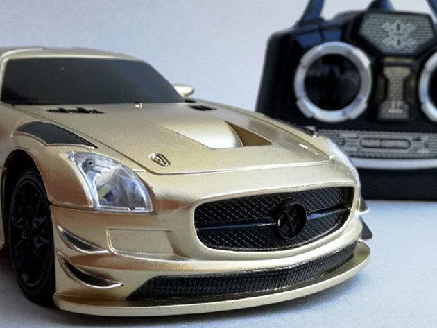 Racing Championship Mercedes (Arany) - IRP-000004342