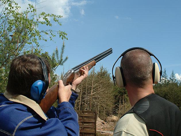 Családi agyaggalamb lövészet 3- 5 fő részére: 100 lövés