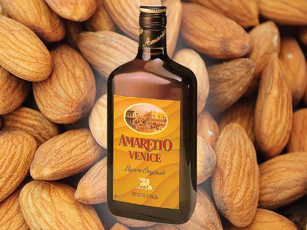 AMARETTO VENICE (0,7 liter, 18%) olasz mandulalikőr koktélokhoz vagy akár sütemények ízesítéséhez