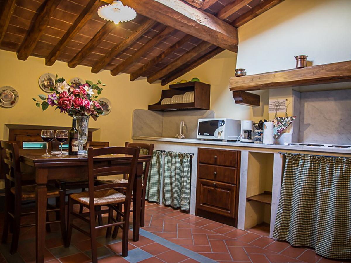 Borgo Bucciano Toszkán Villa 4 nap 3 éj 2 fő részére reggelivel