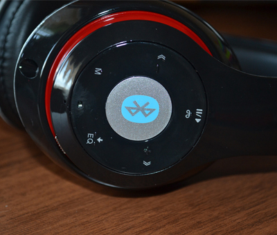Fejhallgató és headset / vezeték nélküli, Bluetooth-os, MicroSD kártya foglalattal