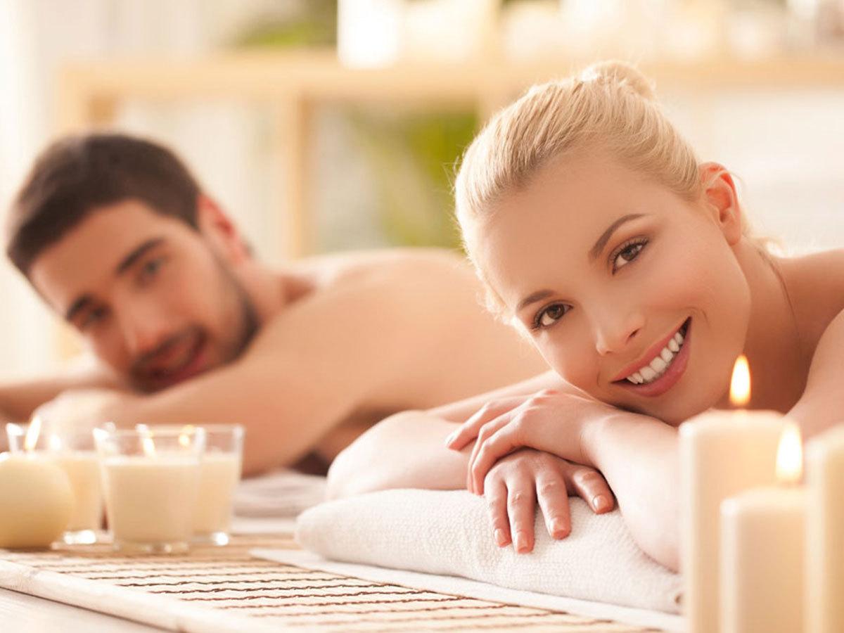 Páros élménymasszázs választható aromaolajjal, Derma Life Spa Jet wellness kabin-os kényeztetéssel (90 perc)