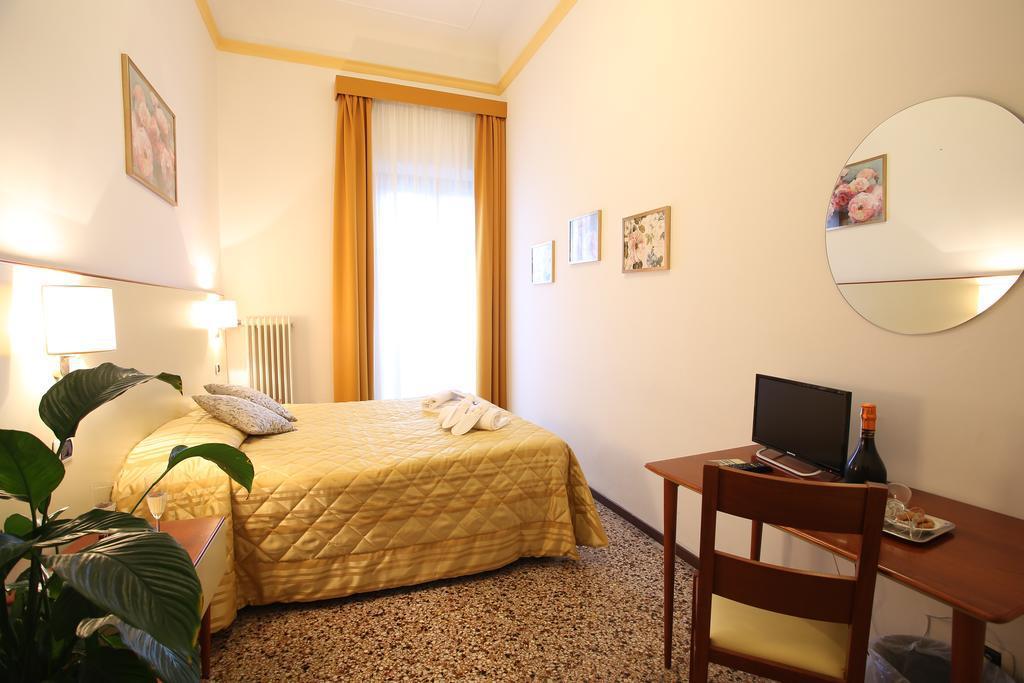 3 nap/2 éjszaka Firenzében 2 fő részére, reggelivel - Hotel Casa Del Lago 2019. szeptember 1 - október 31. között