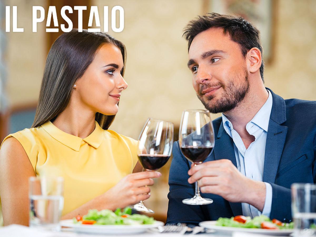 Romantikus vacsora 2 főre a Vörösmarty téren, választható 3 fogás és üdítő/alkohol, a Il Pastaio Ristorante & Bar jóvoltából