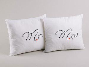 Mr-mrs-p_rna-egy_tt---_1mbpixel__middle