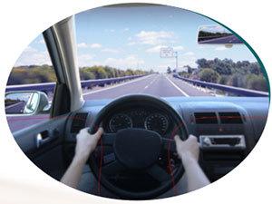 Komplett szemüveg: kifejezetten vezetéshez fejlesztett EYEDRIVE lencse + keret 12.000 Ft értékben