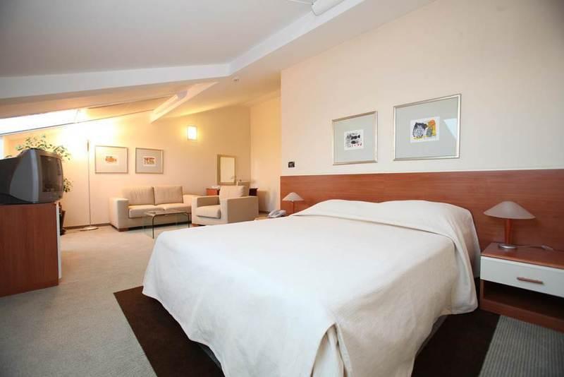 2019.10.01-10.31-ig  Hotel Villa Eugenia**** 3 nap 2 éjszaka 2 fő részére reggelivel