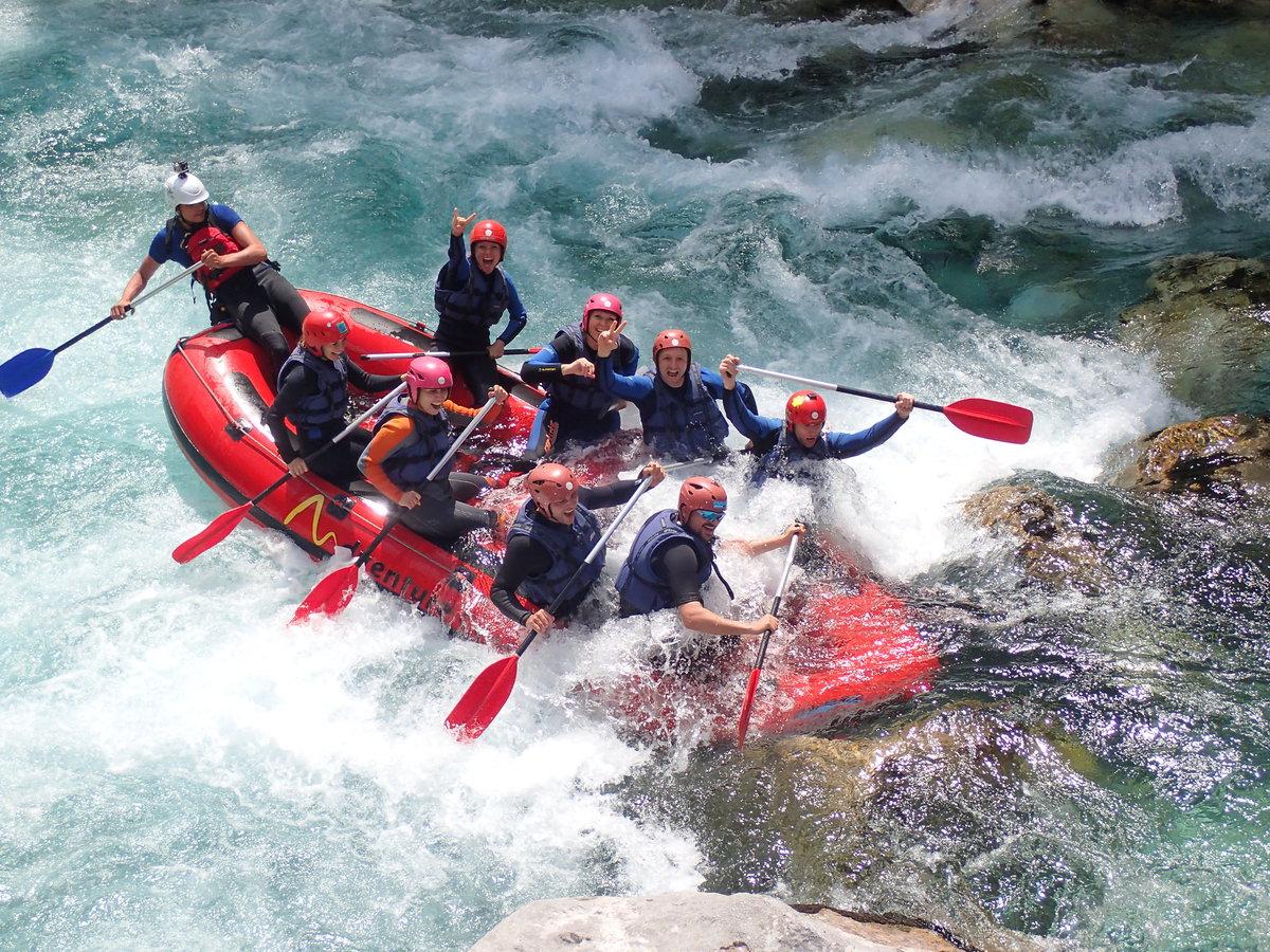 Rafting hétvége Szlovéniában a Socán: 2 éjszaka szállás, 2 félnapos rafting túra, grill vacsora, a túrán készült fotók /fő
