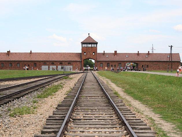 2018.05.04. / Auschwitz – Krakkó! Non-stop utazás / fő